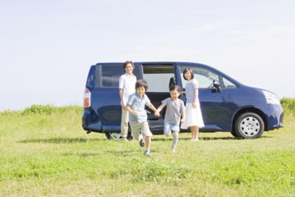 【自動車保険】強制保険と任意保険の違いや任意保険で気をつけることを紹介